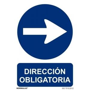 Señal direccion obligatoria derecha pvc 210x300x0,7mm NORMALUZ