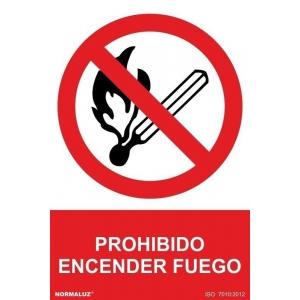 Señal prohibido encender fuego pvc 210x300x0,7mm NORMALUZ