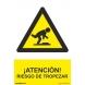 Señal atencion riesgo de tropezar pvc 210x300x0,7mm NORMALUZ