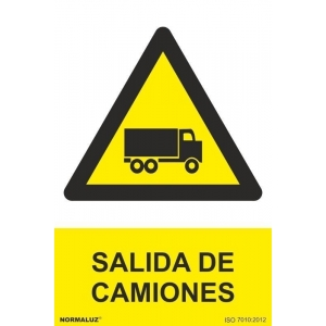 Señal salida de camiones pvc 210x300x0,7mm NORMALUZ