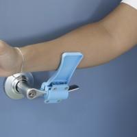 Emuca - Mecanismo abrepuertas sin contacto de antebrazo, plástico, azul